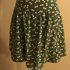 XXI Skirt green with white polka dots small